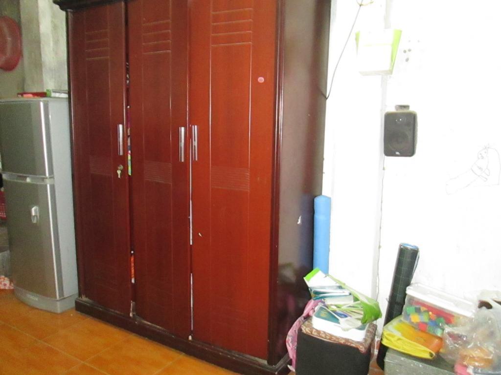 Làm thế nào để tháo lắp tủ quần áo an toàn khi chuyển đến nhà mới?