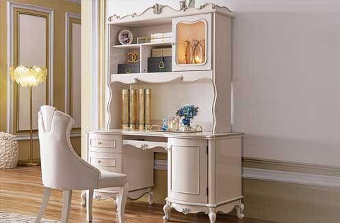 Bàn làm việc kết hợp tủ sách - giúp cho góc nhìn thêm trí thức