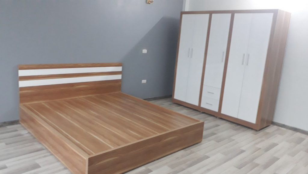 Tùy sở thích, phong cách yêu thích mà bạn có thể chọn giường gỗ Lương Sơn cổ điển hay hiện đại